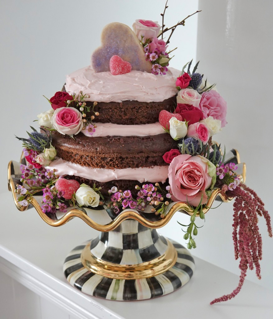 I love to add oodles of fresh flowers to my cakes. Be sure rinse them prior to adding them to your cakes! The will stay fresh all day long and add an ... & Gal-entineu0027s Dayu201d Dessert Partyu2026